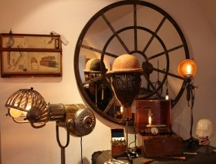 THE CONTEMPORARY STEAMPUNK CABINET all rights reserved Photo by MONCADA mirror view R