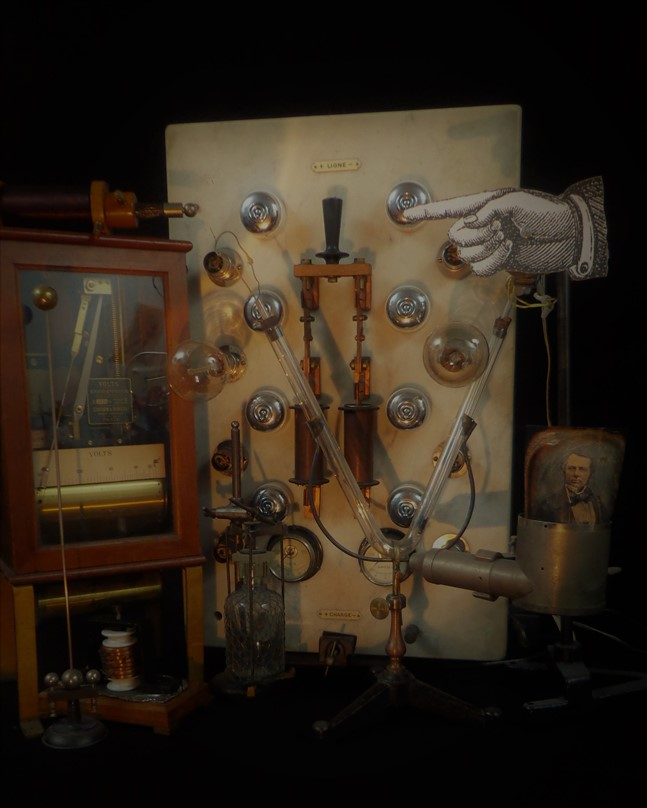 THE CONTEMPORARY STEAMPUNK CABINET all rights reserved Photo by VOITURES10 CAPT Pat  Wunderman electric design R